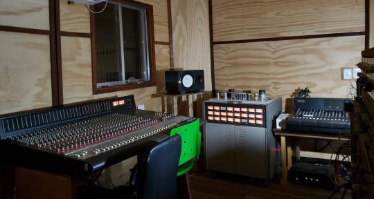 Remote Mixing & Mastering - Roberto Carvalho