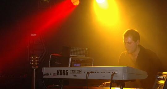 Session Pianist & Keyboardist - GiulioRisiMusic