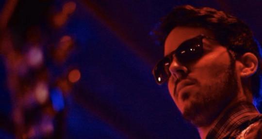 Singer Songwriter - Mickael Rocha