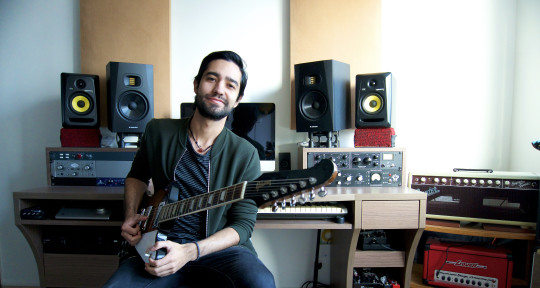 Session Guitarist - Santi Torres