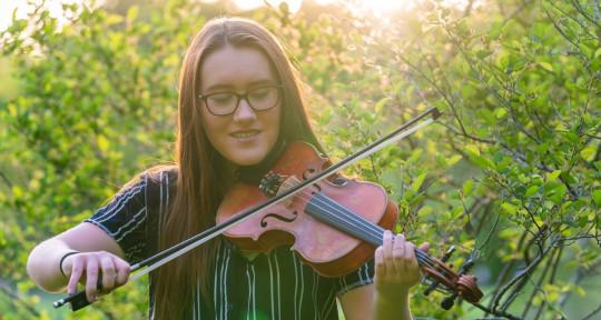 Violinist - Film/TV Composer - Emily Gelineau