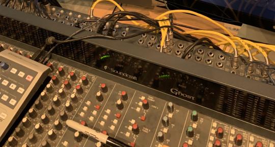 Sound Engineer @ ARC Studio UK - Heitor Alves