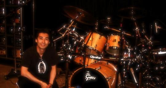 Session Drummer / Producer - Makoto Izumitani