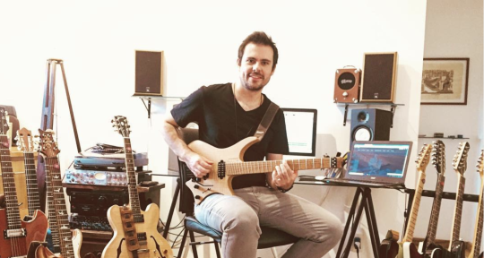 Session Brazilian Guitarist - Leo Testoni