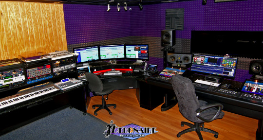 Photo of Debonaire Recording Studio