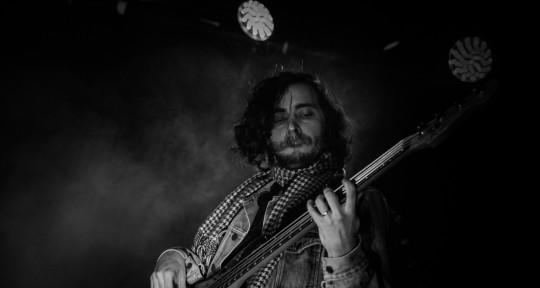 Session Bass Player - Jonathan Beam