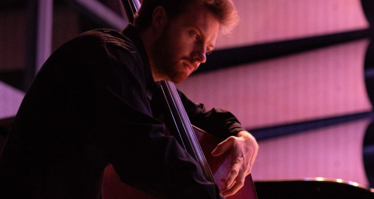 Session Bassist & Composer - Ari Giancaterino