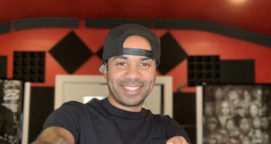 Studio owner, Star Maker 👈🏽 - RVO Soundz