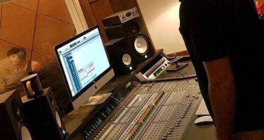 Producer, mix, master, musica - Igor Mello Produções