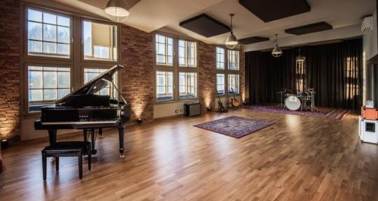 Music Studio, Music Producers  - Spinroad Studios
