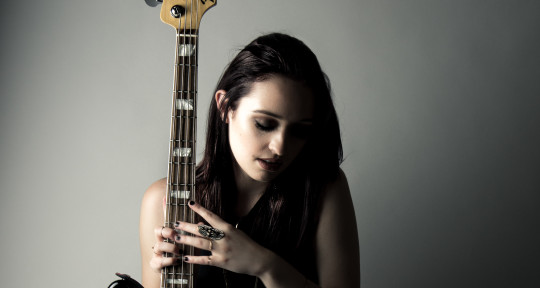 Bass player for artists - Aubrey Harris