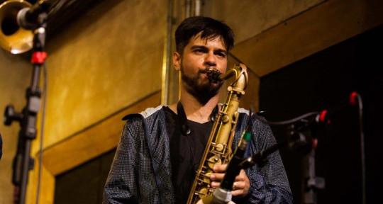 Session Saxophonist Arranger - Anderson Quevedo