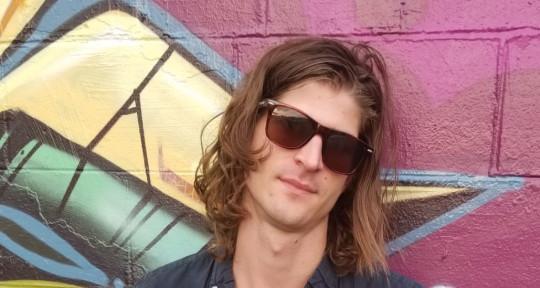 Vocalist, Songwriter, Producer - Jon Worthy