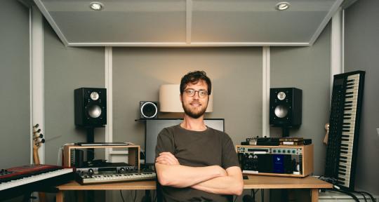 Mix & Mastering Engineer - Matthew Hadley