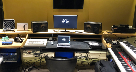 Mix / Mastering / Producing - RIGHT FREQUENCY STUDIO