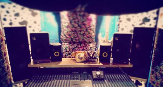Producer, Mixer, Recording - Ben Singleton