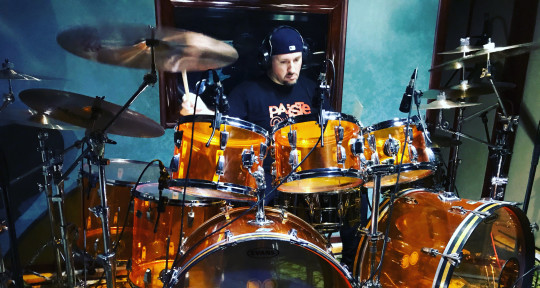 Studio drummer-mixing engineer - Kebac drums and production