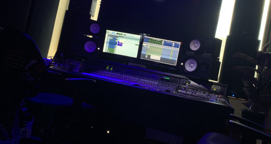 Songwriting, Music Producer - Colin Chichakly