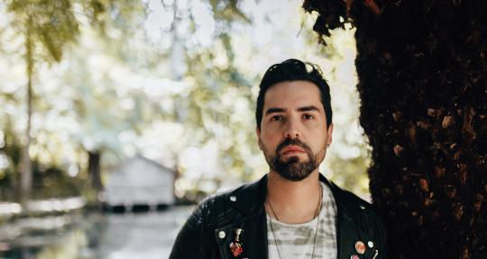 Multi-Instrumentalist/Producer - Fabian Aravalés
