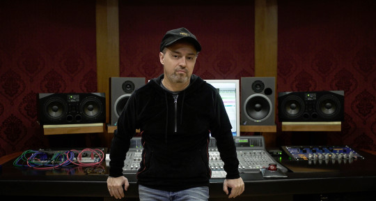 Platinum Producer & Mixer - José Gabriel Gentile