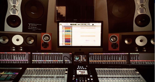 Mixing & Mastering Engineer - Gianni Bini (House Of Glass)
