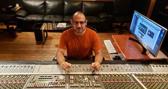Recording/Mix Engineer/ReAmper - Ari Raskin