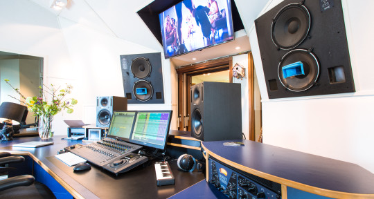 Audio post production - Experienced sound engineer