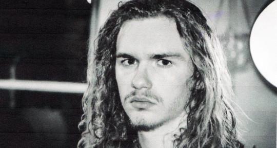 Guitarist, Producer, Beatmaker - Léo Caviglioli