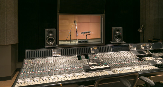 Music Producer,Mixing Engineer - Matias- Redwood Music