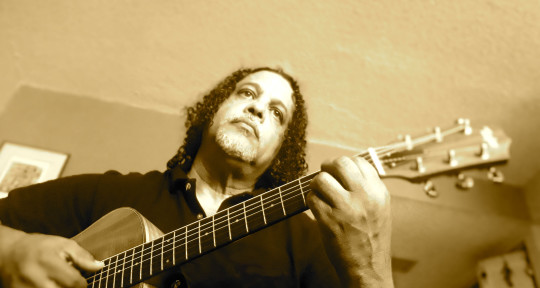 English Spanish songwriter - Jorge Quintero
