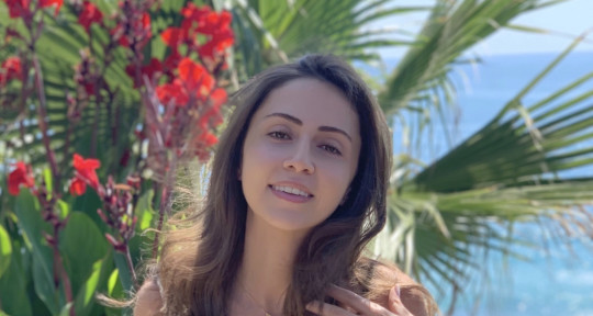 Singer & Songwriter - Samia El-Harake