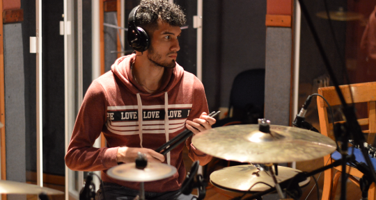 Tourist and Session Drummer - Javier González