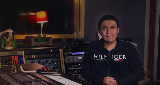 Mixing & Mastering Engineer - Daniel Hernández