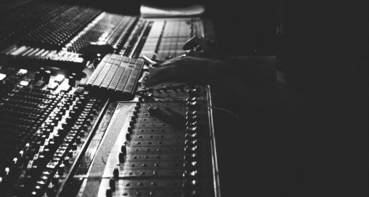 Music producer/ mix engineer - Florian Maillard