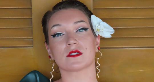 singer/songwriter, demo singer - Effie Passero