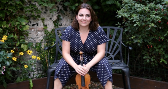 Professional Violinist - Hannah Littlechild Violinist