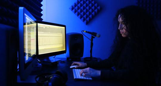 Music Producer, Mix&Master - Hannia Corey