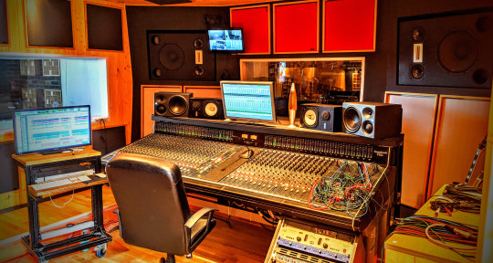 Producing, Mixing & Mastering - Music2Records