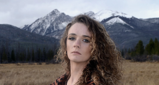Singer, Media Composer - Tana Pinkard