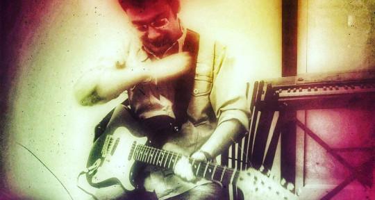 Keyboardist/Music Producer - Yashjoshi21