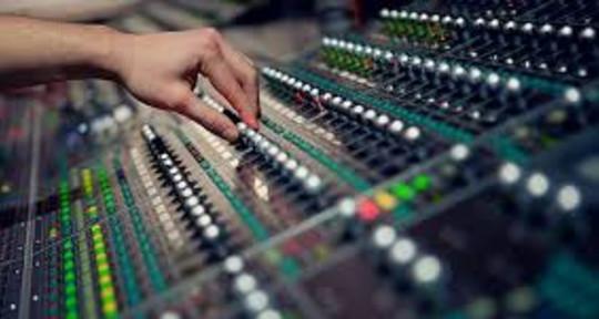 I am Sound Engineer - Simone Special