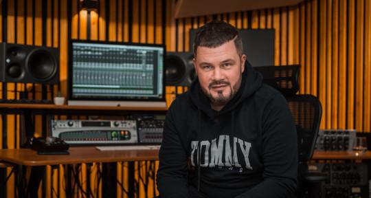 Music production studio - FOXXSTUDIOS