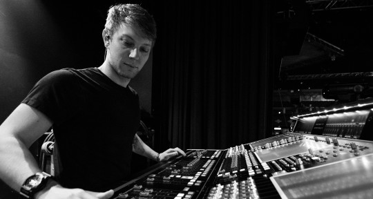 Mix and Mastering Engineer - Jamie Tinsley
