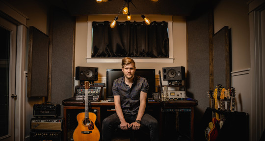 Producer, Session Guitarist - Andrew King