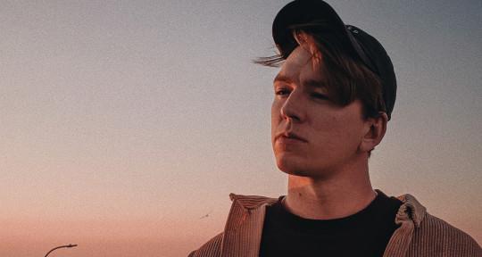 Australian Singer & Writer - Zachary Staines
