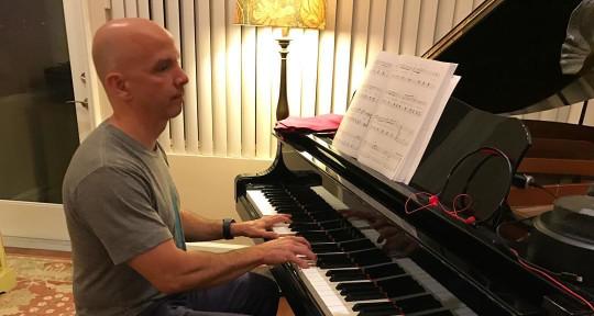 Music Producer, Keys & Guitar - Daycare Jimmy