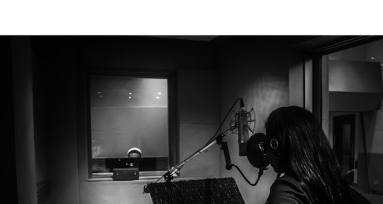 Singer/Songwriter - Toma' Blue