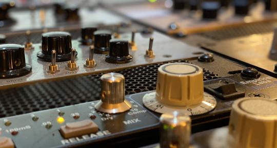 Remote Mix Engineer - Ray Wilson