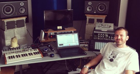 Music Producer & Engineer - James Rial (Audiojack)