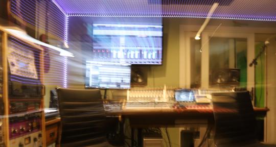 Mixing Engineer - Fader Isthman